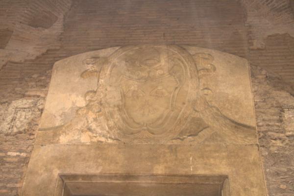 S. Urbano-stemma-Barberini