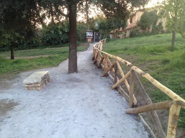Stradello entrata casa del Parco 4
