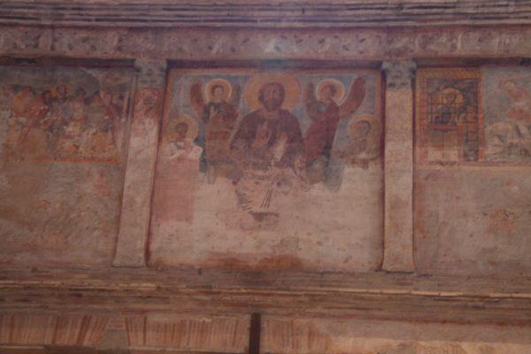 Particolare degli affreschi dell'interno